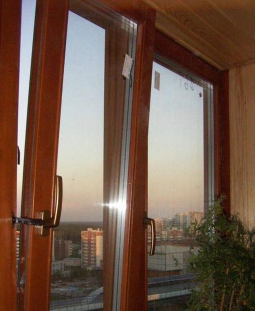 деревянные или пластиковые стеклопакеты окна
