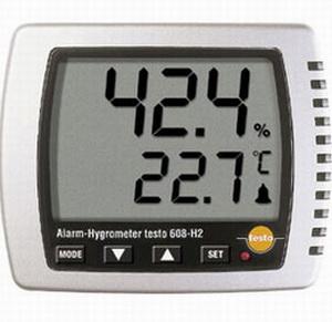 Перепад температуры и влажности сильно влияет на треск ламината