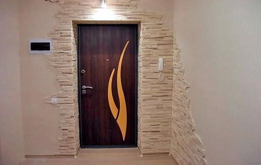 отделка входной железной двери