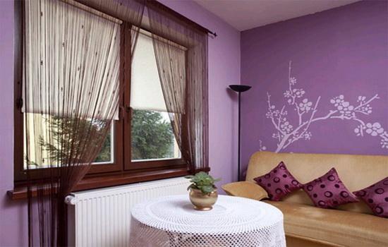 okno-v-interere-spalni