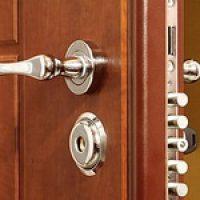 Как выбрать дверной замок