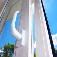 Лучшие пластиковые окна для квартиры. Какие поставить?