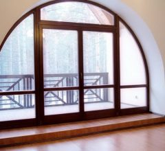 Арочные окна в интерьере квартиры и частного дома