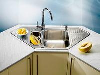 Кухонные раковины. Разнообразие видов и особенности монтажа