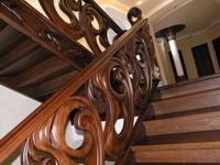 Лестницы из дерева сосны. Описание и основные этапы изготовления