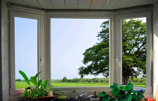 Вредны или безопасны окна из пластика для здоровья человека